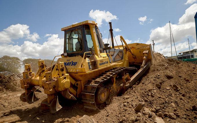 komatsu d65e land preparation